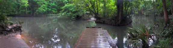 Dock de bateau de fleuve de Chipola - la Floride Photographie stock libre de droits