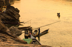 Dock de coucher du soleil de fleuve de kong Photos stock