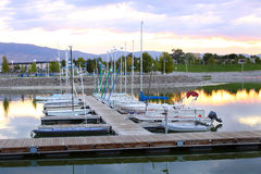 Dock de marina d'étincelles Photos libres de droits