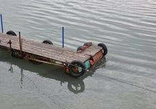 Dock en bois vide Photographie stock libre de droits