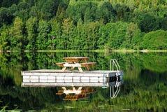 Dock flottant Images libres de droits