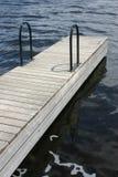 Dock im Wasser Stockfotografie
