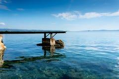 Dock in Meer Lizenzfreie Stockbilder