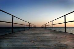 Dock par la mer Image libre de droits