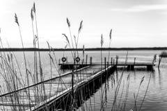 Dock pour des bateaux de plaisir et de pêche Photo stock