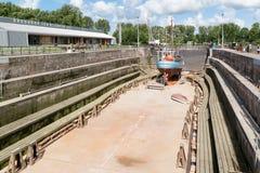 Dock sec Jan Blanken dans Hellevoetsluis, Pays-Bas Photos libres de droits