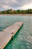 Dock sur la côte de Belize Photographie stock libre de droits