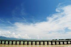 Dock tropical de plage Photo stock