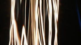 Dockaglidbana av den glödande Edison lampan arkivfilmer