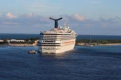 Docked Cruise ship Royalty Free Stock Images