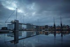 Docklands-Reflexion Lizenzfreie Stockfotos