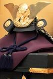 Dockor för pojke`-festivalen med den guld- skärmen Royaltyfria Bilder