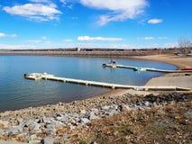 Docks de bateau au réservoir de Boulder Images libres de droits