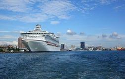 Docks géants de bateau de croisière à Taïwan Photographie stock libre de droits