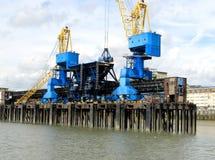 Dockside żurawie Obrazy Stock
