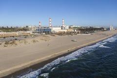Dockweiler stanu elektrownia w Los Angeles Kalifornia i plaża Obrazy Royalty Free
