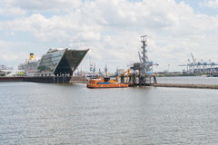 Doclands port Hamburg, Tyskland Royaltyfria Bilder
