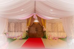 Docoration εισόδων ξενοδοχείων με το λουλούδι για τη γαμήλια τελετή Στοκ φωτογραφία με δικαίωμα ελεύθερης χρήσης