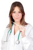 Docteur attirant avec un thermomètre Image stock