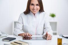 Docteur au travail Image libre de droits