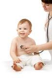 Docteur avec l'enfant sur un fond blanc Images libres de droits