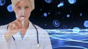 Docteur avec la seringue contre des cellules d'infection de globules sanguins et de bactéries clips vidéos