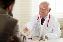Docteur avec le patient Images stock