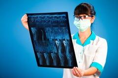 Docteur avec le rayon X Images libres de droits