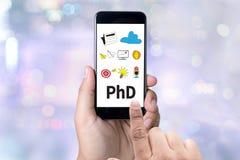 Docteur de doctorat d'obtention du diplôme d'éducation de degré de philosophie photographie stock