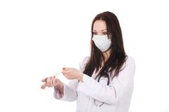 Docteur debout de femme avec le stéthoscope photos libres de droits