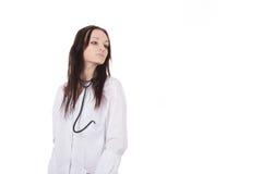 Docteur debout de femme avec le stéthoscope photo stock