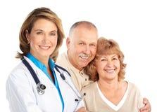 Docteur et vieux couples photo libre de droits