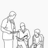 Docteur masculin demandant au parent de mettre la signature sur une Co au courant Images stock
