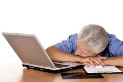 Docteur plus âgé fatigué Photographie stock libre de droits