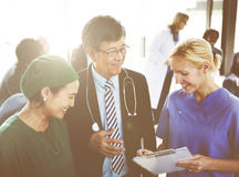 Docteur Team Treatment Plan Discussion Concept photographie stock