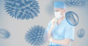 Docteur touchant un écran invisible contre les cellules 4k de bactéries banque de vidéos