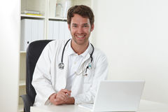 Doctor in clinic Royalty Free Stock Photos