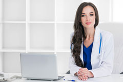 Doctor in clinical office Royalty Free Stock Photography