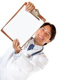 Doctor with a clipboard Royalty Free Stock Photography