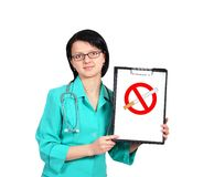 Doctor with clipboard Royalty Free Stock Photography