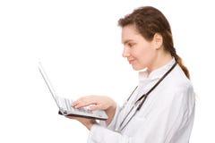 Doctor con el cuaderno Foto de archivo libre de regalías
