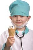Doctor con helado Imagen de archivo