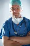Doctor con la máscara Fotos de archivo libres de regalías