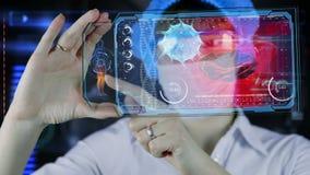 Doctor con la tableta futurista de la pantalla del hud Bacterias, virus, microbio almacen de metraje de vídeo