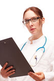 Doctor con plan del tratamiento en Visite en hospital Fotografía de archivo