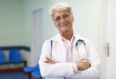 Doctor de sexo femenino Imagen de archivo