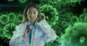 Doctor de sexo femenino contra las células 4k de la infección de las bacterias almacen de metraje de vídeo