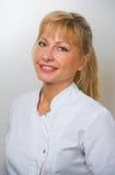 Doctor de sexo femenino en el hospital foto de archivo