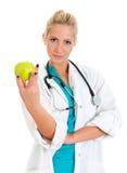 Doctor de sexo femenino joven Imágenes de archivo libres de regalías