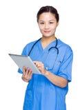 Doctor de sexo femenino médico fotografía de archivo